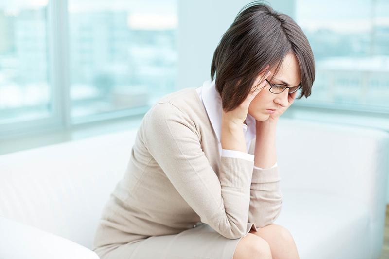 ¿Qué tiene que ver el dolor de cabeza con tus dientes?